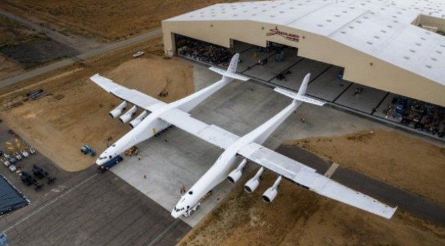 Uzay araçlarını bu dev uçak taşıyacak