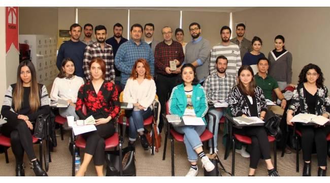 """Prof. Dr. Uzunoğlu: """"Kurtuluşumuz üretimde"""""""