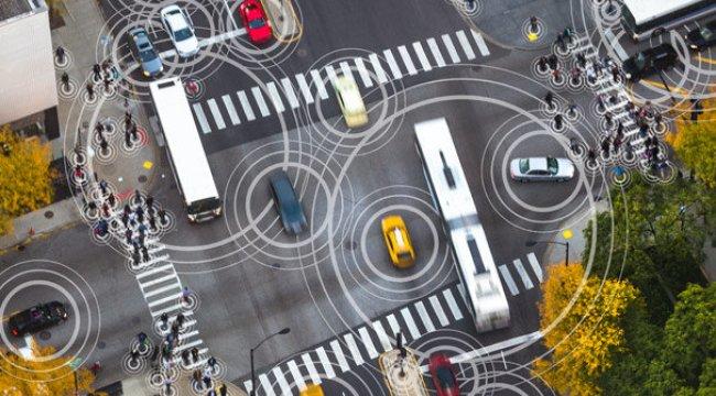 Trafikte 'akıllı takip' yolda