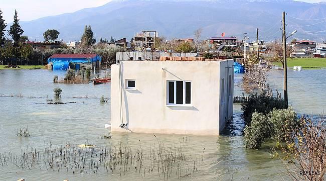 Ovada evler sular altında...