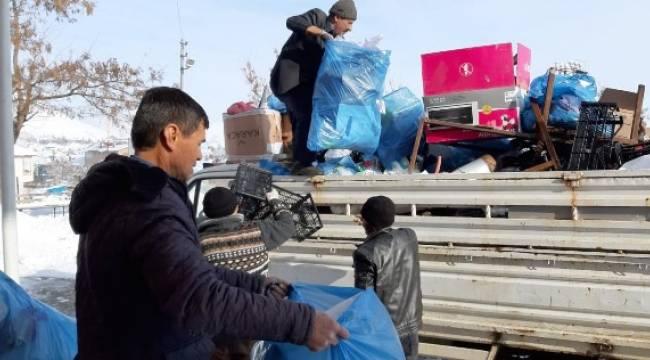 11 ton atık toplayarak okullarına gelir sağladılar