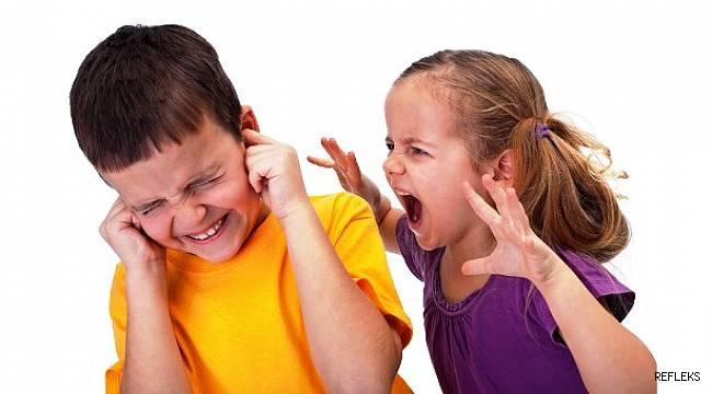 """Çocukta davranış, """"ebeveyn modeli"""" ile şekilleniyor"""