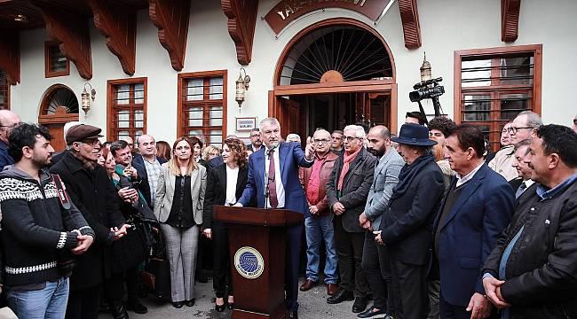 Yazarlarıyla ünlü Adana'ya