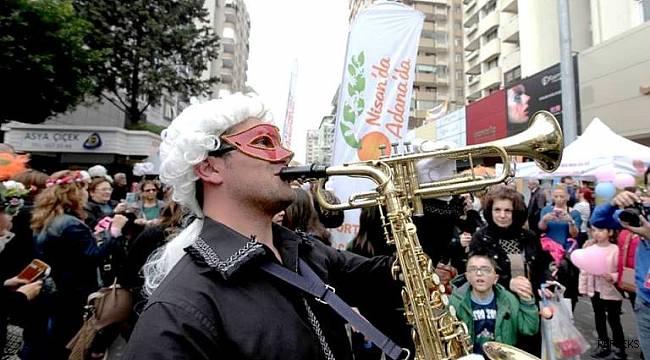 Karnaval insanları