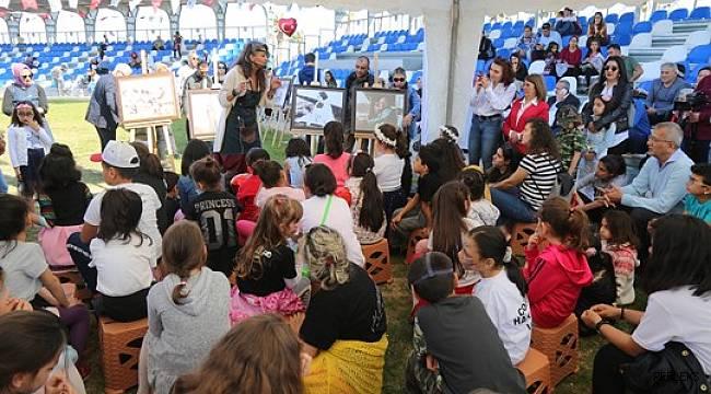 Mezitli'deki kutlamalar karnavala dönüştü