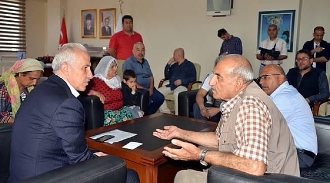 Akdeniz Belediyesi'ndeki 'Halk Günü' etkinliğine yoğun ilgi