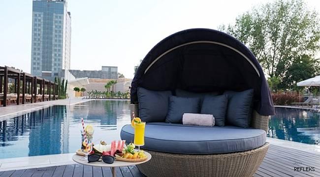'Riverside' Adana HiltonSA'da açıldı