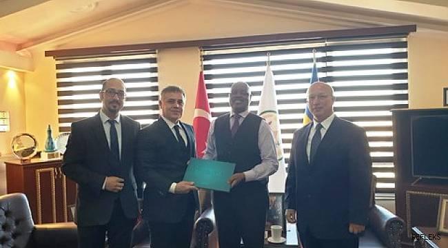 Mersin GİAD üyeleri Ruanda Büyükelçisini ziyaret etti