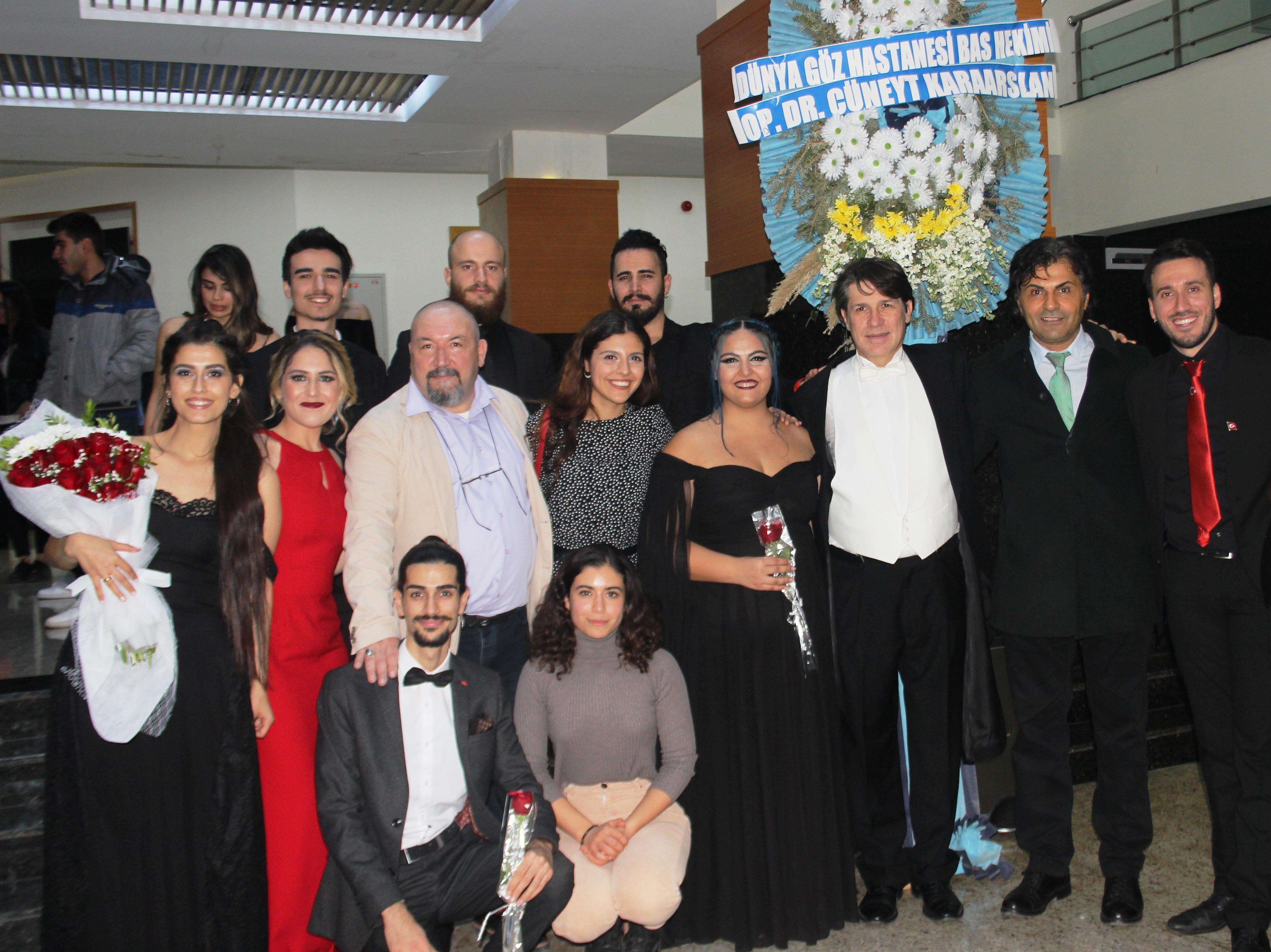 ÇÜ'de opera gecesi