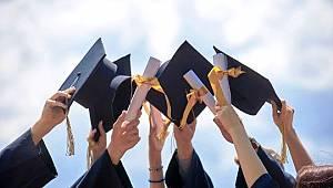 Lisansüstü mezunları iş dünyasında daha avantajlı