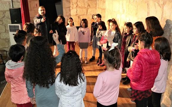 Drama eğitimi alan çocuklar, hayata farklı bakıyor