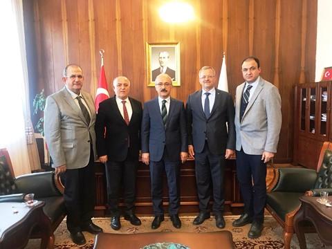 """Kızıltan: """"Mersin'de Teknoloji Vadisi kuracağız"""""""