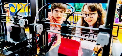 Liseli gençler çevrimiçi dersler ile hayalini tasarlayacak