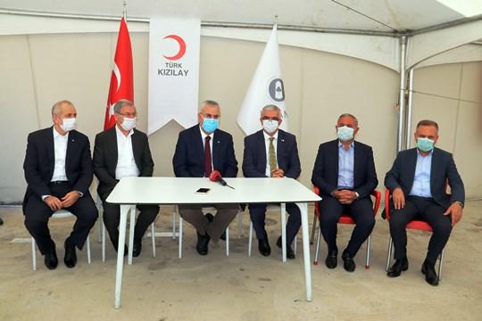Sanayicilerden Kızılay'a destek