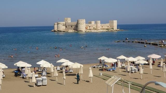 UNESCO tescilli Kızkalesi'nde turizm hareketliliği