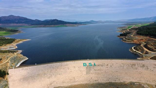 Tahtaköprü Barajı Amik Ovası'na bereket dağıtıyor
